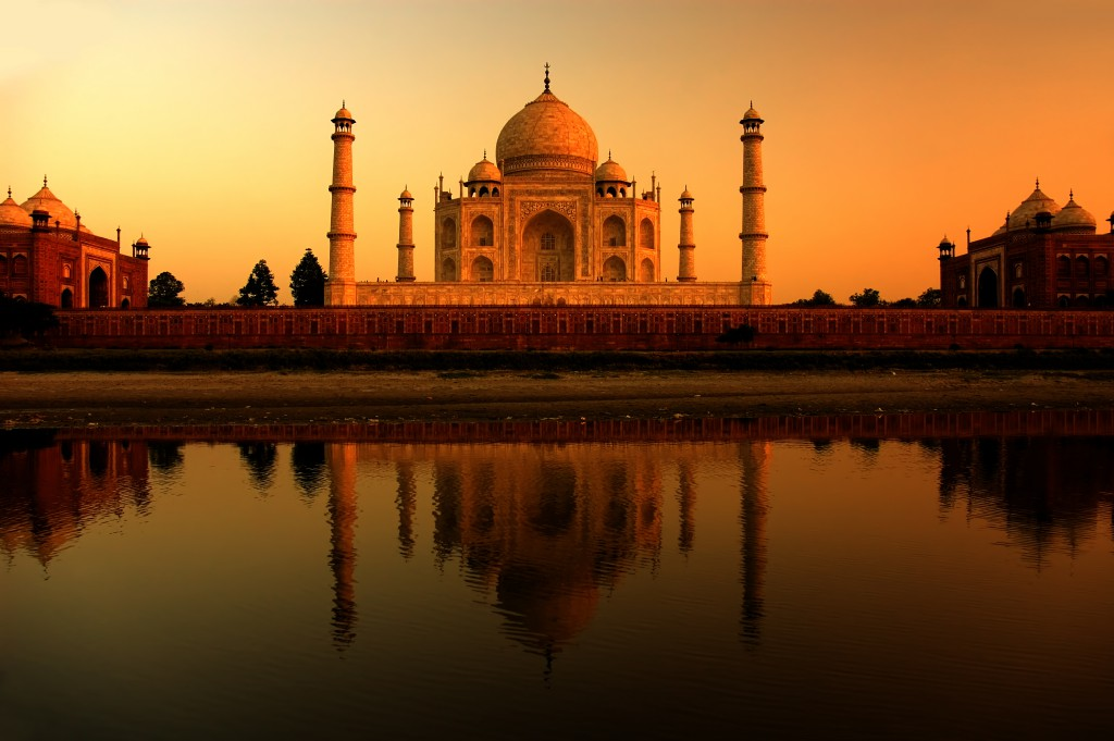 Taj_Mahal_atardecer